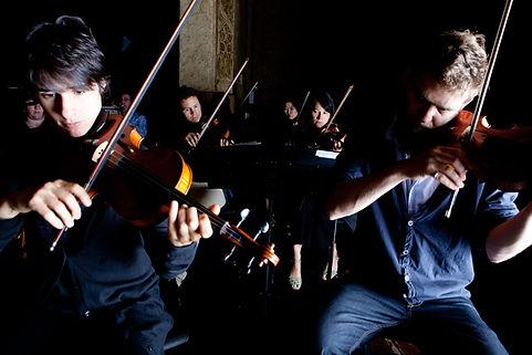 musicians-concerts-498109682.jpg
