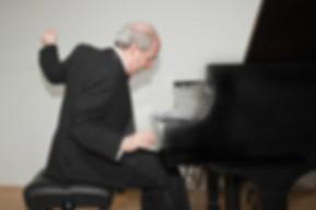 musicians-concerts-1540780669.jpg