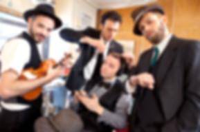 musicians-concerts-721142674.jpg