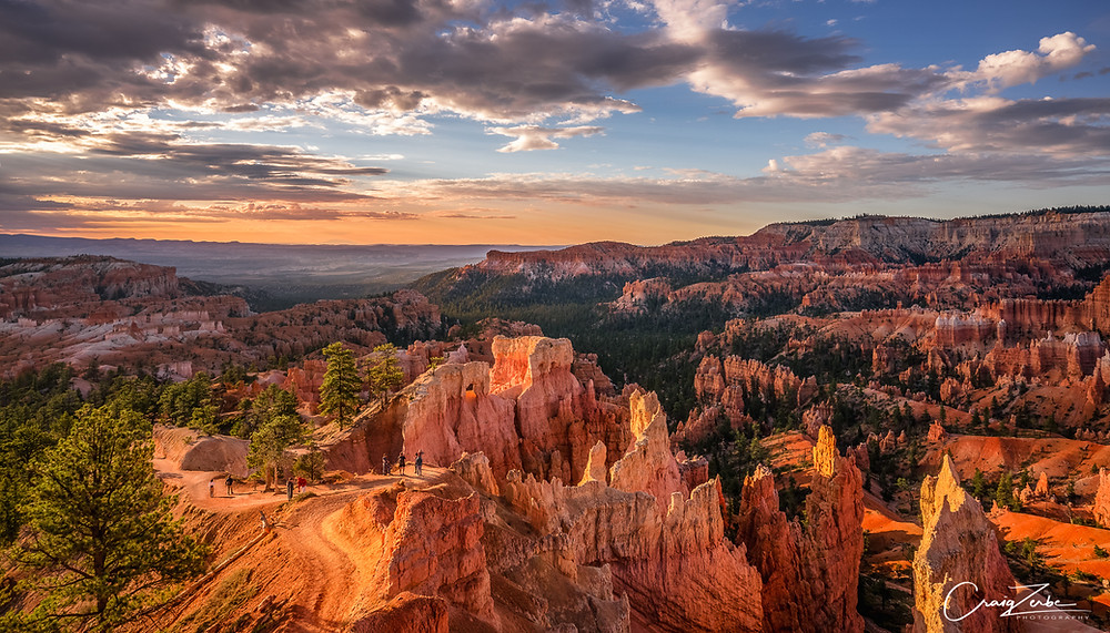 Queens Garden Trail at Sunrise  - Bryce Canyon - photo workshop