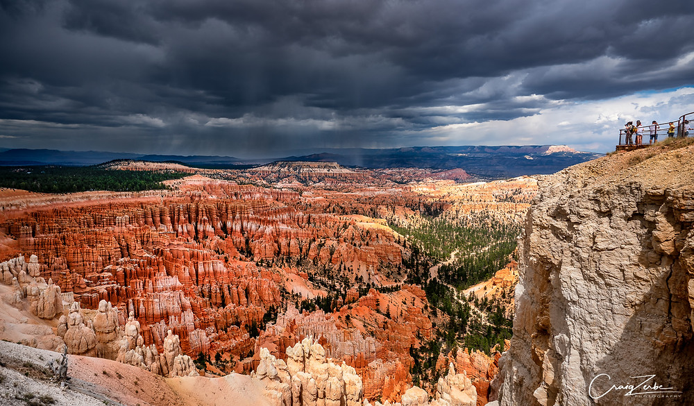Bryce Canyon Amphitheater from Inspiration Point - Photo Guide