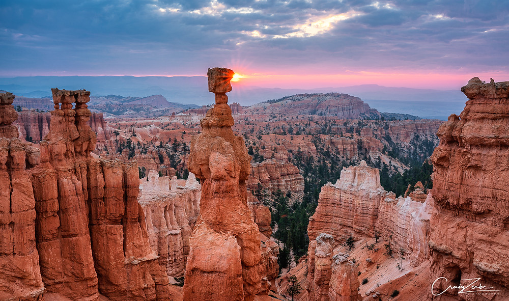 Thor's Hammer at Sunrise - Bryce Canyon - Photo Guide