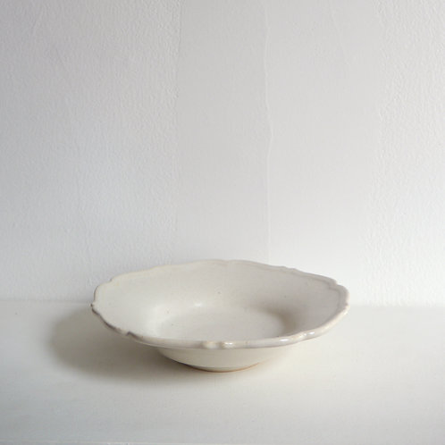 """RINKA"" Rim Shallow Bowl, Hakuji White"