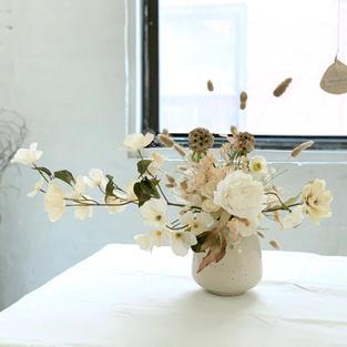 Faux Flowers & Dry Flowers Arrangement White & Pink Beige color Scheme