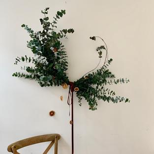 Eucaliptus wreath with dried orange acce