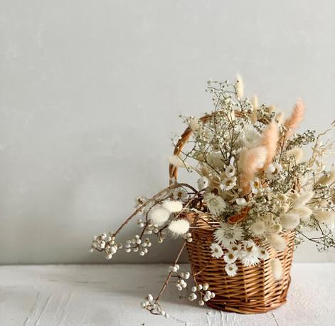 dryflower basket.jpg