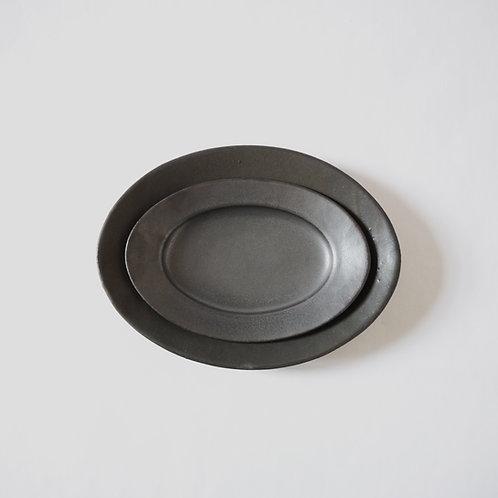 Oval Plate, Matte Black