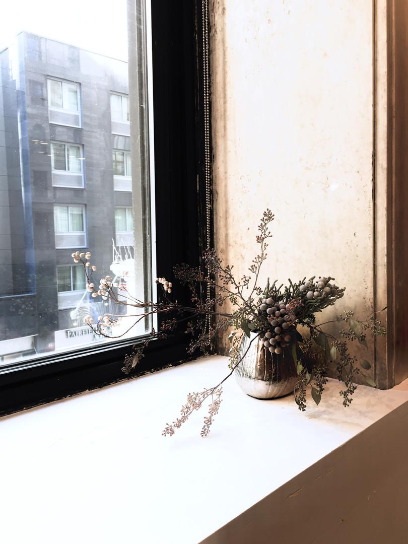 Dry Flower Arranement Design