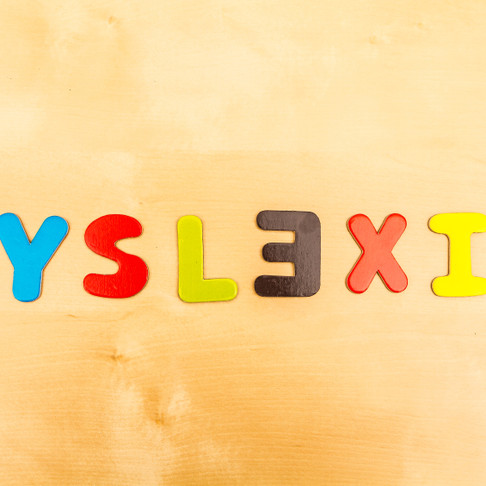 Understanding Clues to Early Reading Difficulties and Signs of Dyslexia – by Michele Opper, Ph.D.