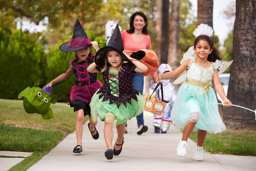 Safety Tips on the On the Trick-or-Treat Trail, Bergen County Moms