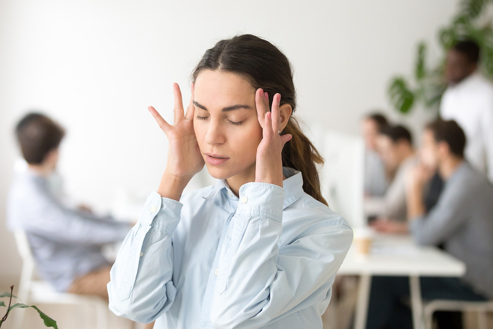 Understanding Panic Attacks: 6 Symptoms To Recognize by Dr. Andrea Tesher, Bergen County Moms