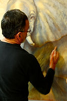 Pablo Shine in his studio