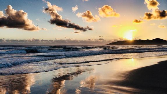belongil sunrise