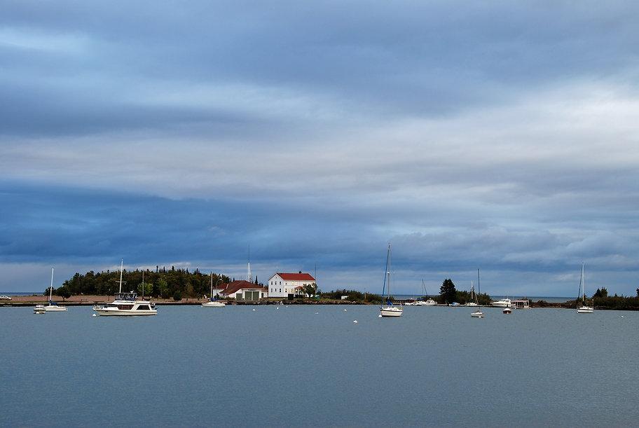 Naimul Karim Naim personal website photgraphy Minnesota Lake Superior Grand Marais overhung sky calm dusk calm water