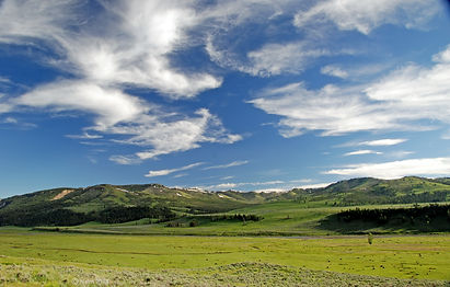 Naimul Karim Naim personal website photography Yellowstone National Park Wyoming blue big sky white swirling cloud