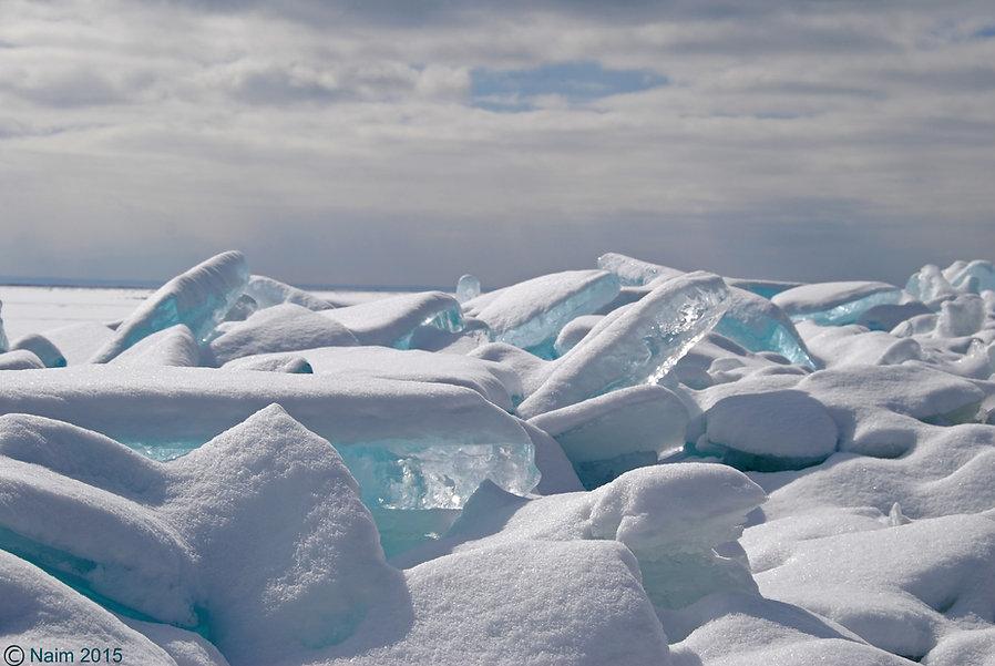 Naimul Karim Naim personal website photgraphy Minnesoata winter frozen blue ice slabs Lake Superior Grand Marais powder snow cold winter