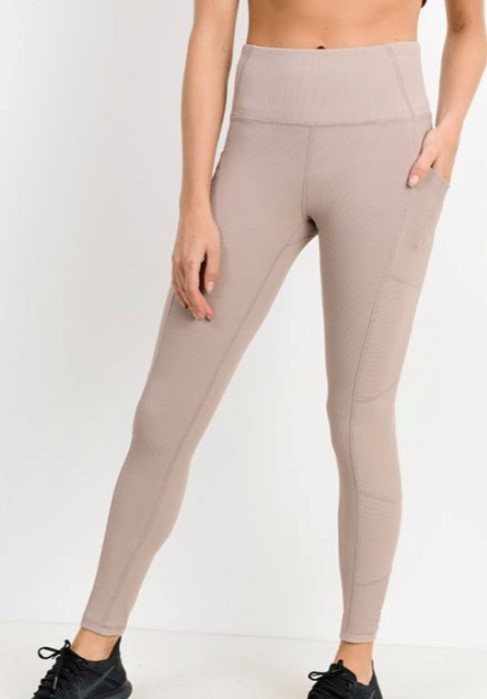 694a45f2175344 Highwaist Ribbed Leggings with Pockets -Almond