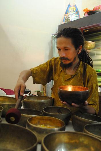 Chaitanyashree on live sound  healing 18