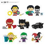 Gomee-Figurine-Eraser-DC Comics-Lifestyle#2.jpg