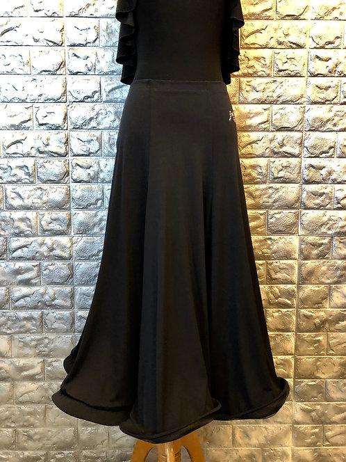Flowy Standard Skirt