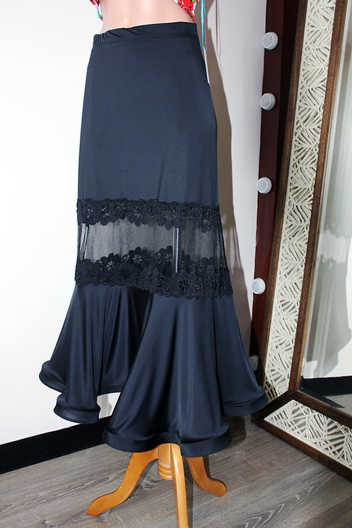 Standard Skirt with Lace Panel