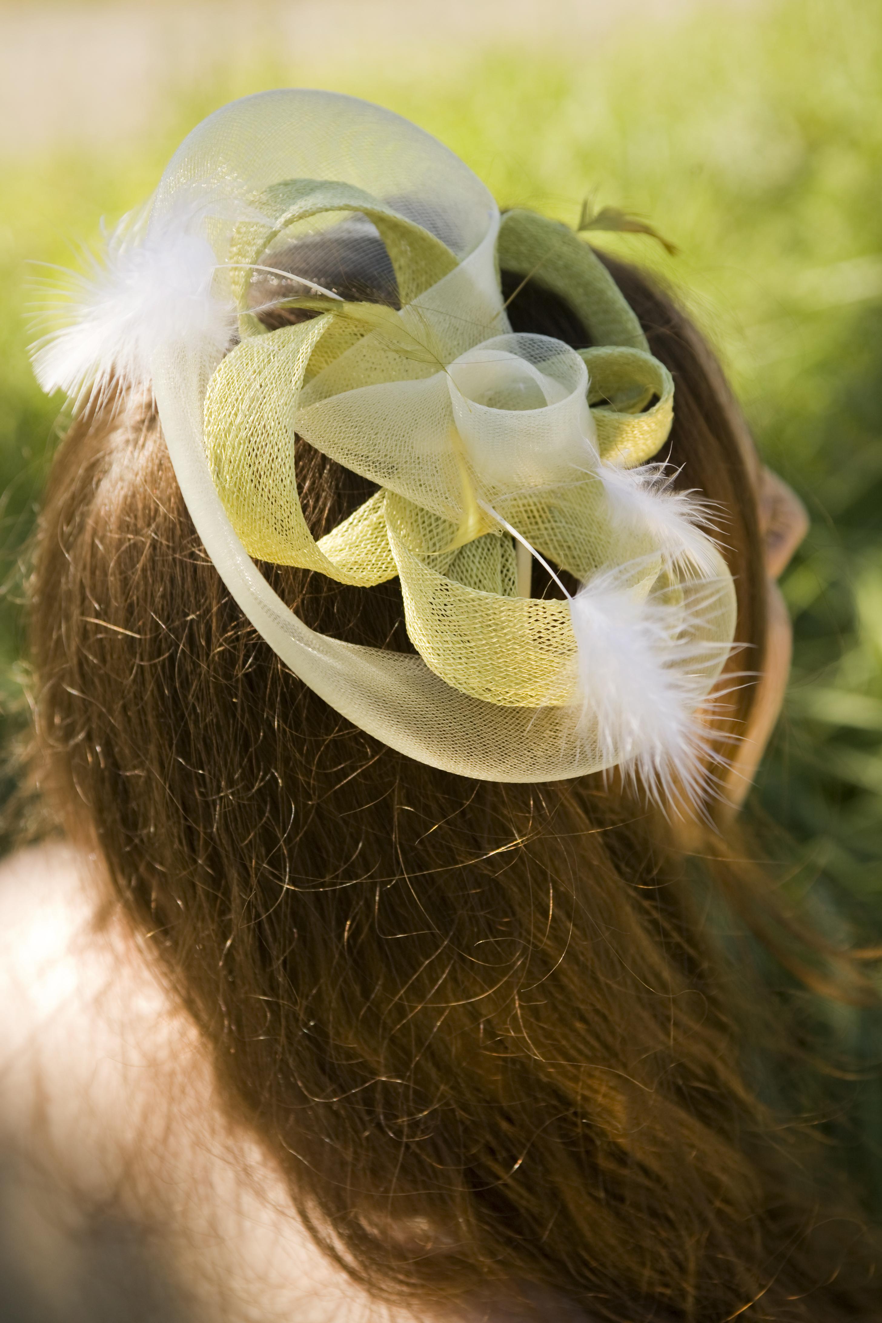 bijou de cheveux  anis et crème