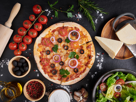 Aile Boyu Lezzet: Pazar Pizzası