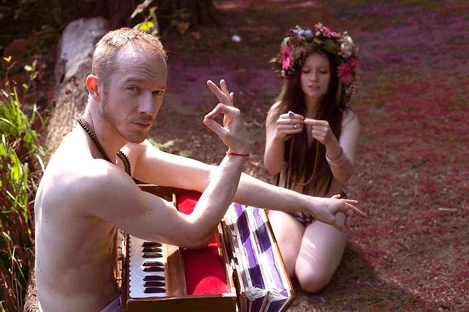 HOY-hippie-pink-Bea.jpg