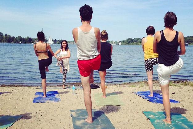 High On Yoga Berlin, The Cool Kids Of Yoga, Mateusz Iwulski, Anna Tyc