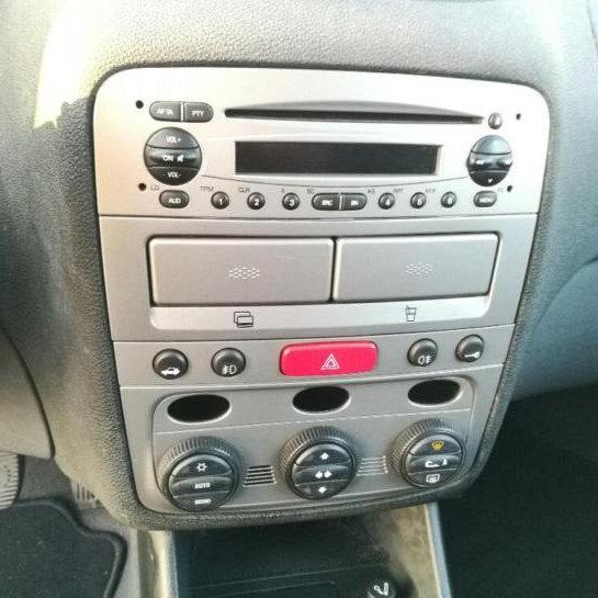Alfa Romeo Alfa 147 16 Edizione Limitata Clima Cruise