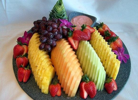 Fruit & Berry Presentation (Serves 8-10)