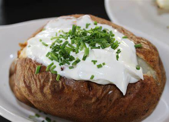 Par Cooked Butter & Herb Baked Potato served with Sour Cream (Serves 4)