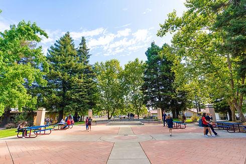Exterior_Plaza02.jpg