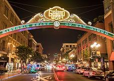 Gaslamp_sign_at_night_San_Diego_courtesy