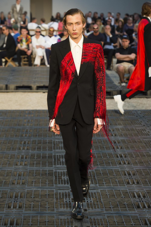 Alexander McQueen SS19 Paris Men's Fashion Week