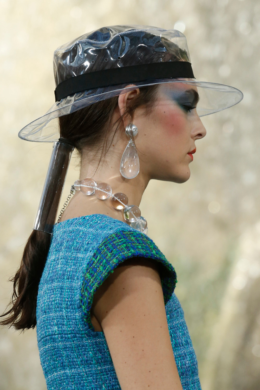 Chanel SS18 - catwalking.com