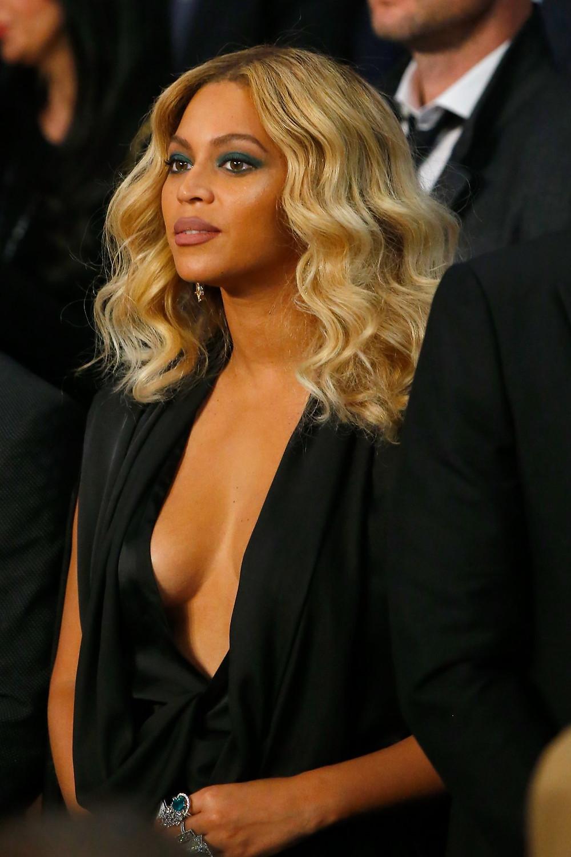 Beyoncé honey locks