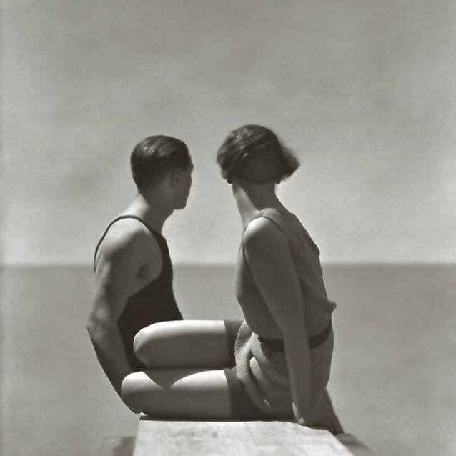George Hoyningen-Huene American, born Russia, 1900–1968 Bathing Suits by Izod, Paris, 1930 Gelatin silver print 43.2 x 33 cm (17 x 13 in.) Courtesy of Richard and Allison Roeder © Horst EX.2018.7.123