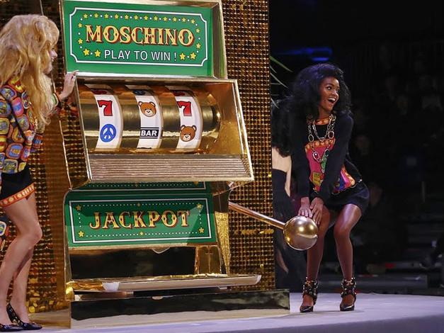Moschino   Fall Winter 2019/2020 Full Fashion Show