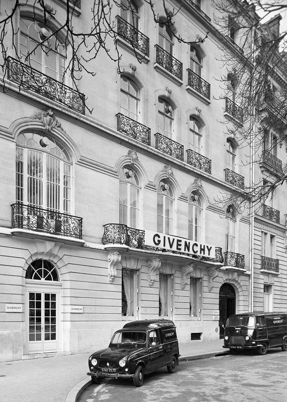 Givench first boutique