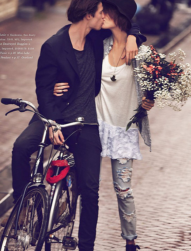 Bicycles and romance go hand in hand