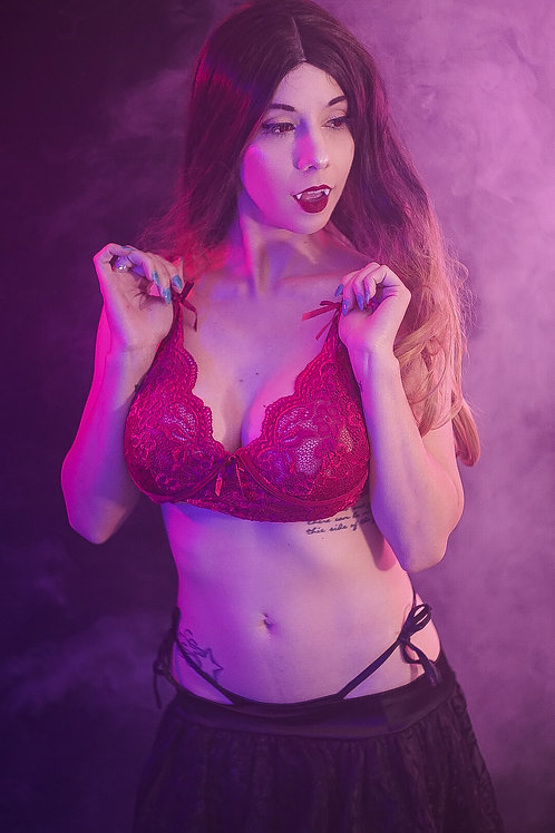 VAMPIRE SHANNY - UNCENSORED 329 PICTURES