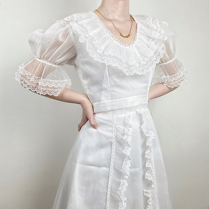 Angelic puffy sleeves lace wedding dress