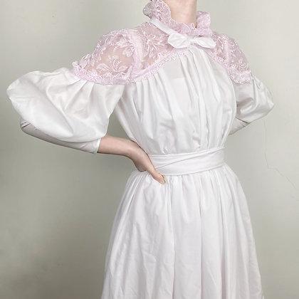 Delicate gigot sleeves Italian wedding dress