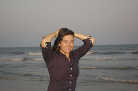 21--Carmen-at-beach-3.jpg