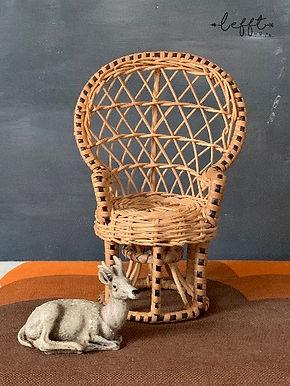 Mini Pauwenstoel Voor Pop of Plant