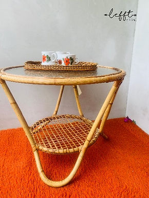 Rotan ronde tafel van Rohe