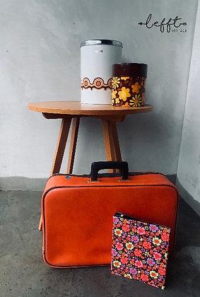 Retro oranje koffer