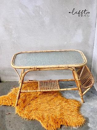 Vintage Rotan Tafel Met Lectuurmand | Rohé