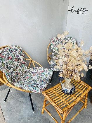 Rotan stoeltje van Rohe incl. kussen